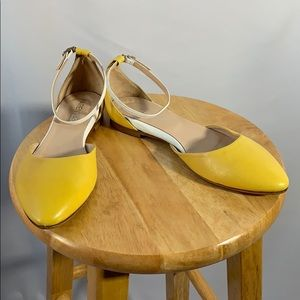 Vero Cuoio Yellow and White Leather Flats